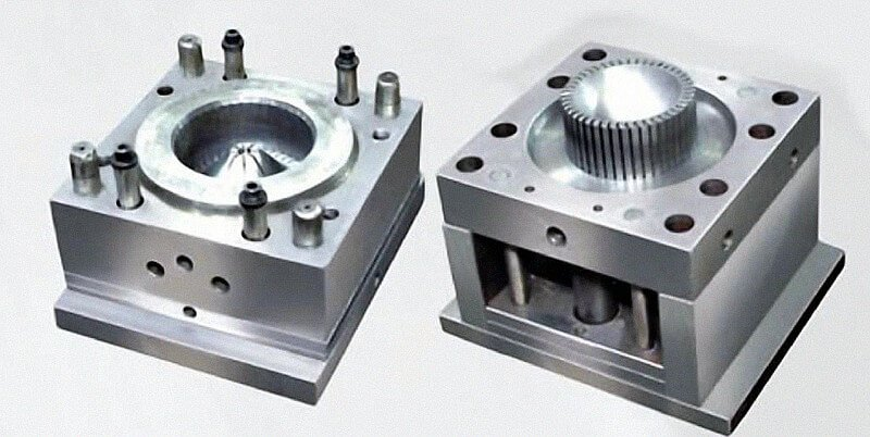 plastic injection moldings